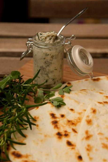 piadina romagnola e mousse di pancetta